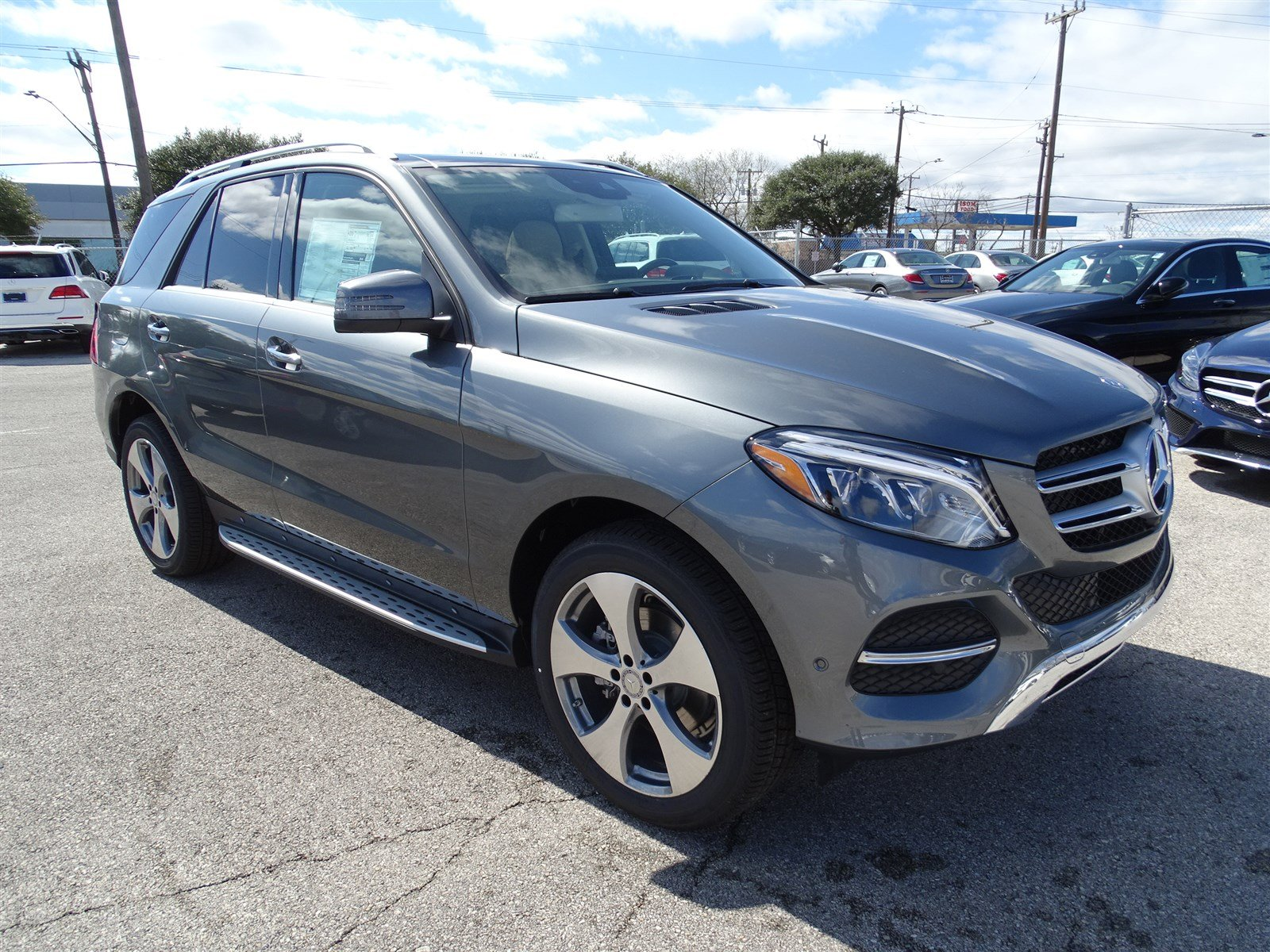 New mercedes benz inventory at mercedes benz of san for San antonio mercedes benz dealers